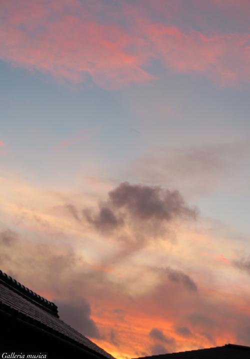台風後の夕焼け。7