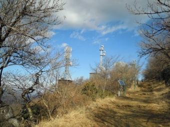 山頂の電波塔180104