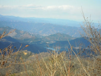 宮ケ瀬湖が見える180104