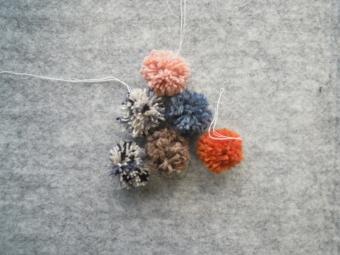 毛糸のポンポン180126