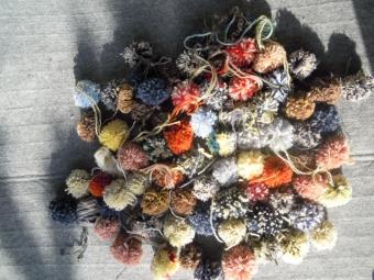 毛糸でポンポン180129