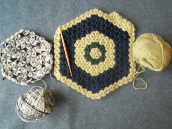 中心から編むリフ編み180216