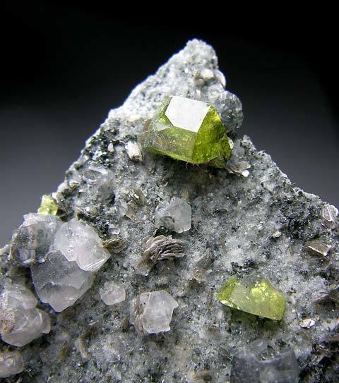 No.1041 Titanite
