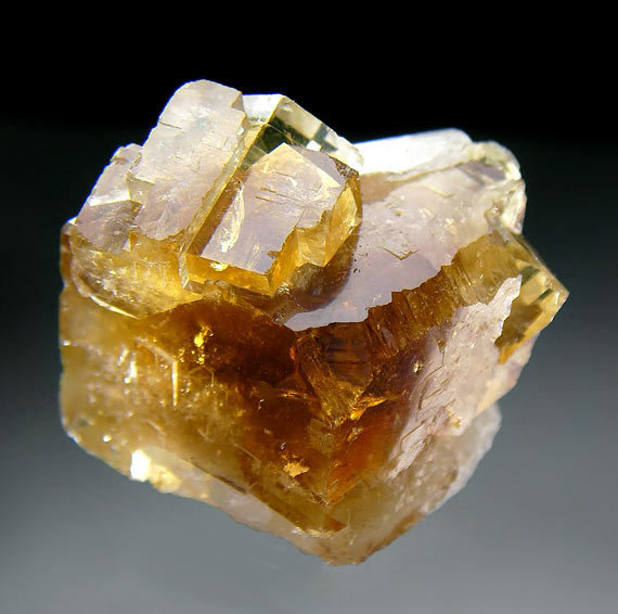 No.1056 Fluorite