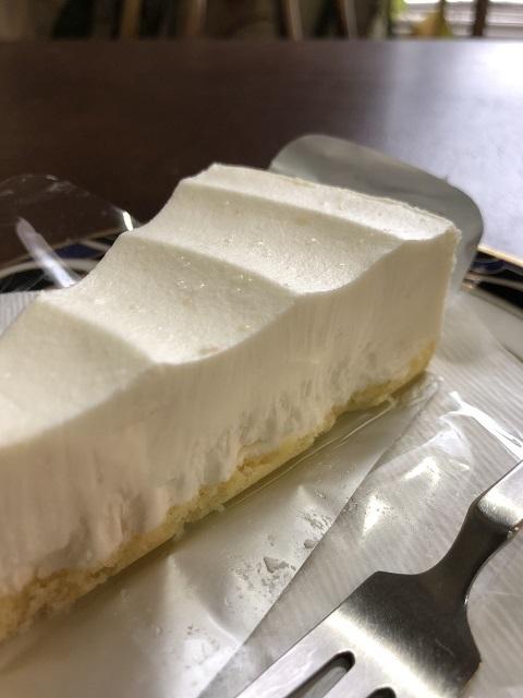 光カフェ チーズケーキ