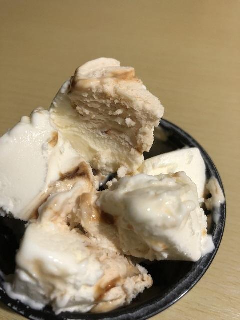 ロッテ 濃厚クリームチーズアイス きなこ黒みつ3