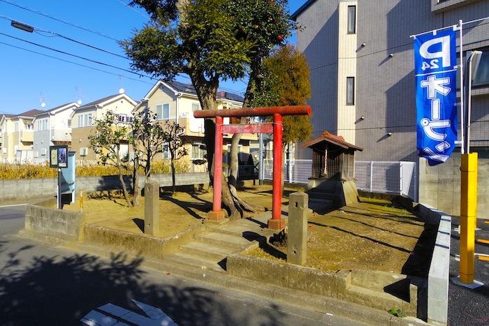 「猪方稲荷塚(山本稲荷)」