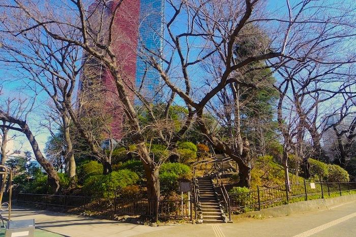 「亀塚」―東京都指定史跡―