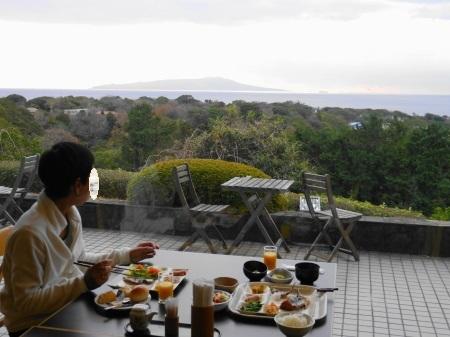 大島を眺めながら