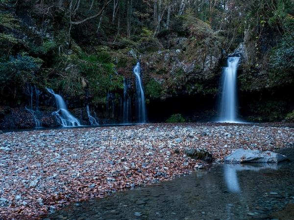 陣馬の滝 F