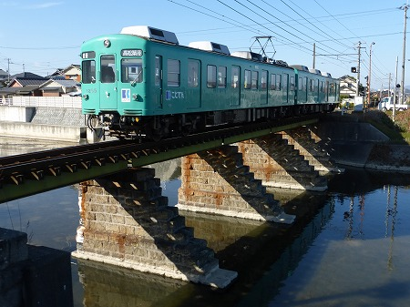 新川橋梁01
