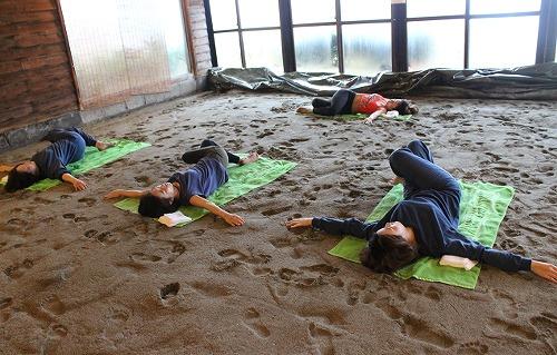 砂むしヨガイベント