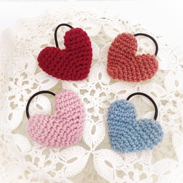 手編み雑貨 HanahanD ハートのヘアゴム バレンタインやホワイトデーに