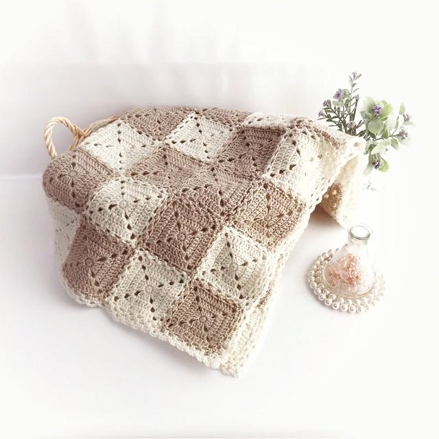 手編み雑貨 HanahanD マルチカバー、ひざかけ、モチーフ繋ぎ