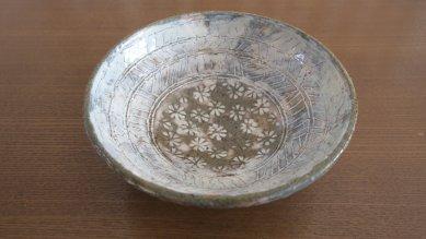 彫三島風飯茶碗