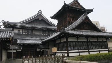 西本願寺・太鼓楼