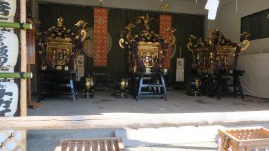 浅草神社の三神輿