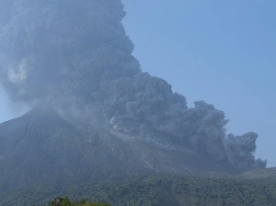 桜島噴火 写真