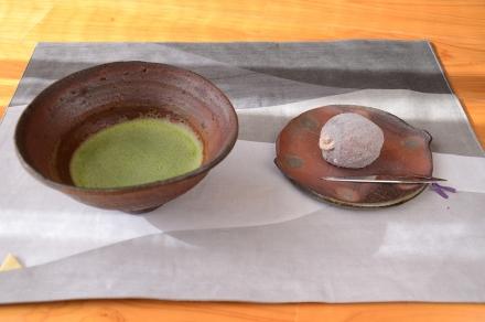 抹茶茶碗と菓子皿