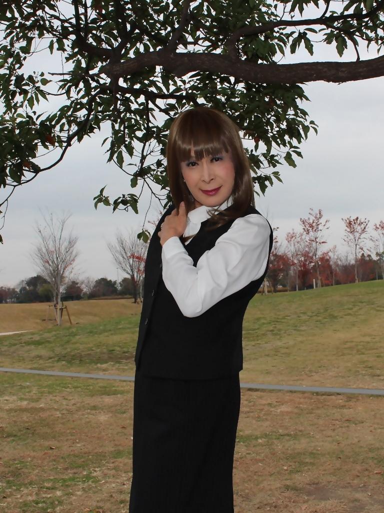 黒のOL服E(5)