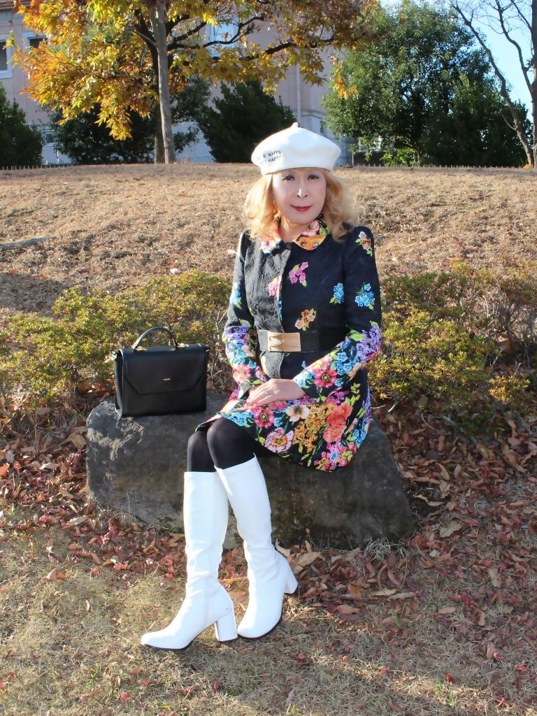 白ブーツ白ベレーミニワンピD(1)