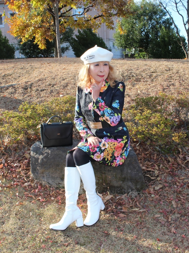 白ブーツ白ベレーミニワンピD(2)