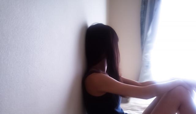 悩む女性18.01.17