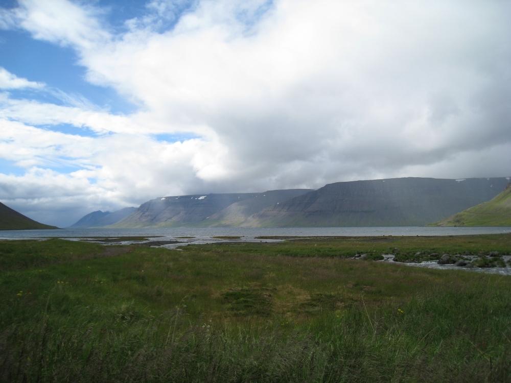 V-fjord.jpg