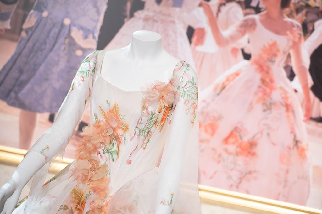 D23 Expo Japan 2018/ベルのセレブレーションドレス1