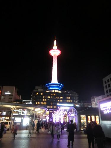 夜の、京都タワー!