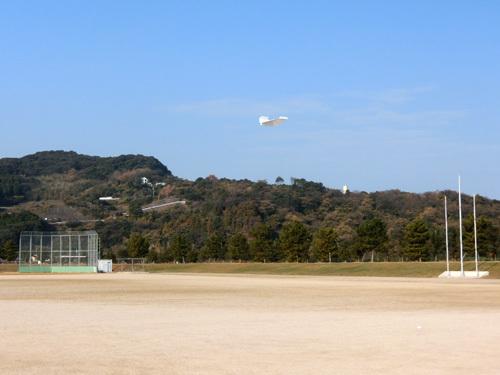 折り紙機、飛んでるトコ~! その1。