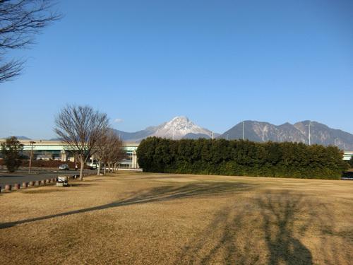 本日の普賢岳。 まだ雪が残ってますね。