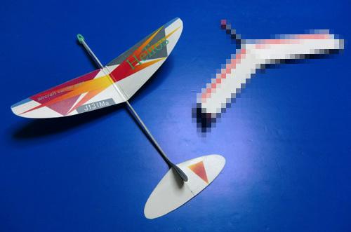 テスト飛行待ちはこの2機。