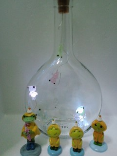 カエルライト マティウスのロゼの空き瓶