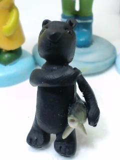 あっちで見たよ!シャケ持ち熊