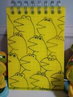 メモ帳 表紙に蛙 かえる カエル