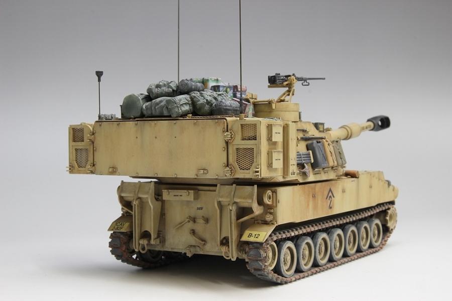 M109パラディン自走砲-10