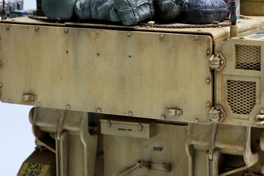 M109パラディン自走砲-12