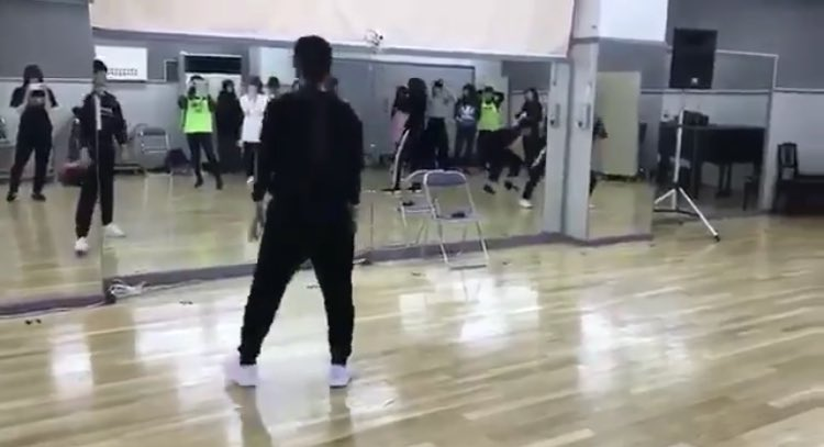 欅坂46 6thシングル「ガラスを割れ」のダンス動画が流出