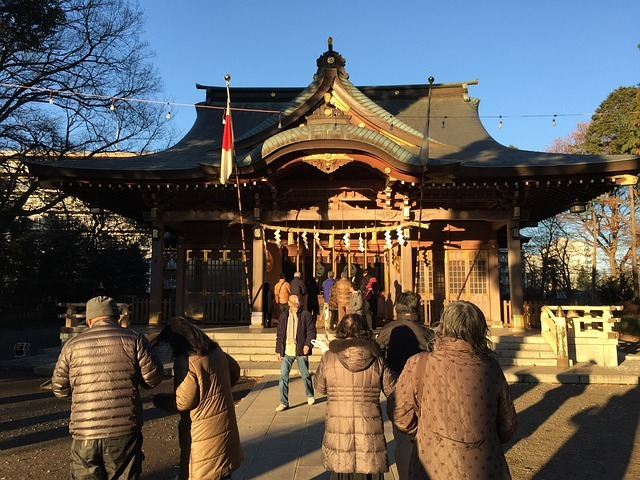 shrine-682362_640.jpg