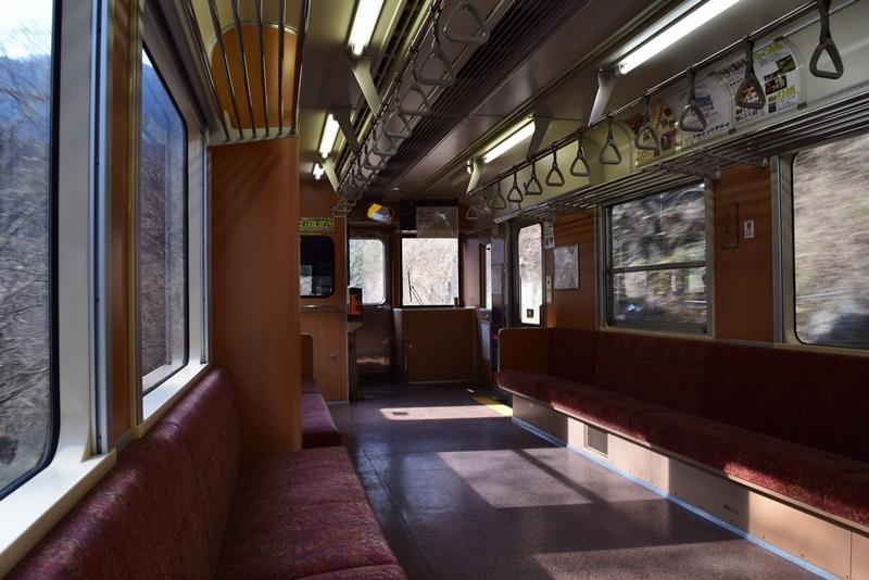 わ鐵車内2
