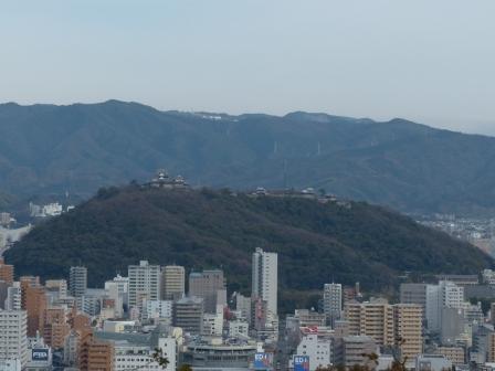 松山総合公園からの眺望 松山城 1