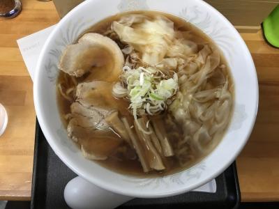 ワンタン麺(上から)