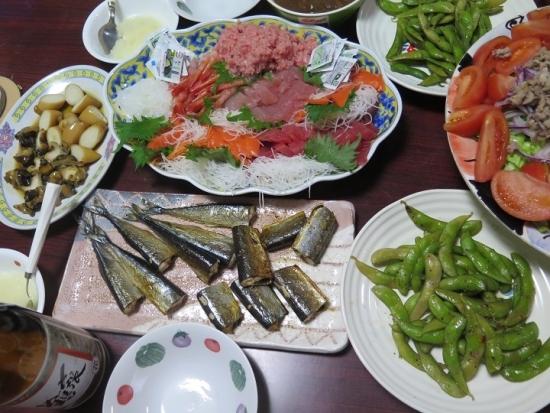 刺身盛り、干し秋刀魚