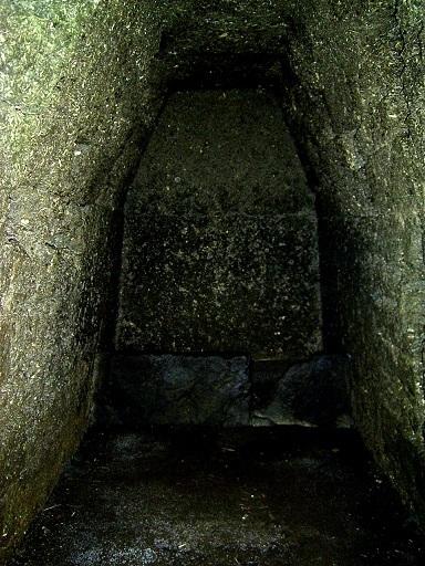 岩屋古墳西石室
