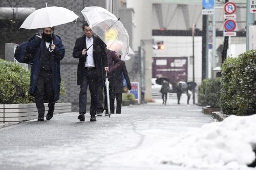 【競馬板】東京「積雪3センチで大雪です!」
