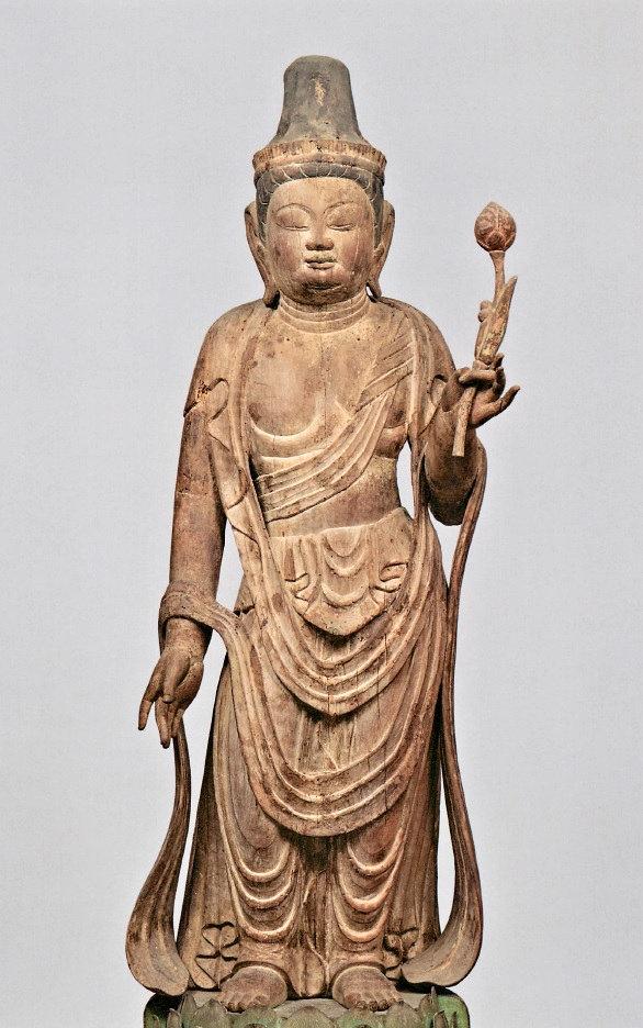 源信展に展示された、葛城市高雄寺の観音菩薩像(平安・重文)