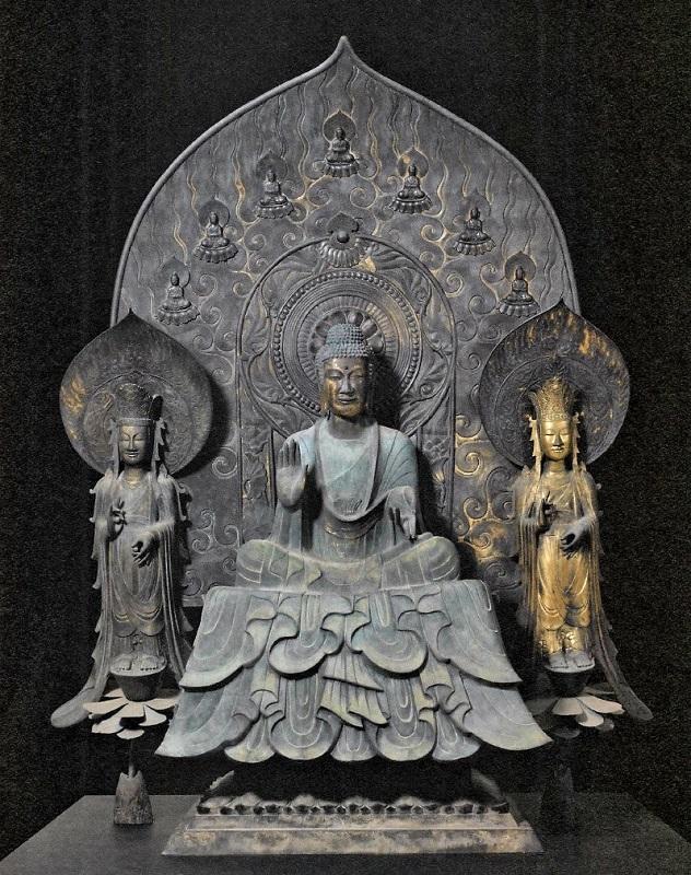 クローン文化財の法隆寺・釈迦三尊像