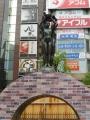 JR新橋駅 愛の像