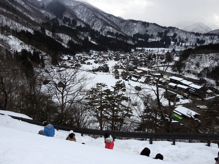 NHKゆく年くる年2017~2018年の中継場所はどこ?白川郷 14